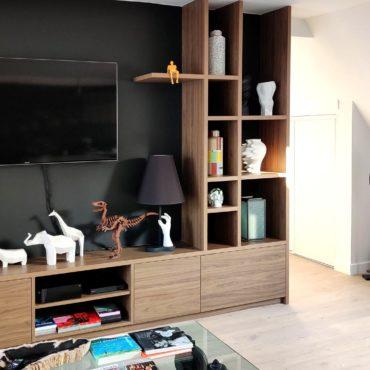 architecte intérieur architecte d'intérieur interieur architecture décorateur decoration décoration plans esquisses meuble mobilier sur-mesure appartement séjour cuisine noir bois marbre quartz